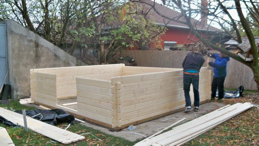 Kert faház építés
